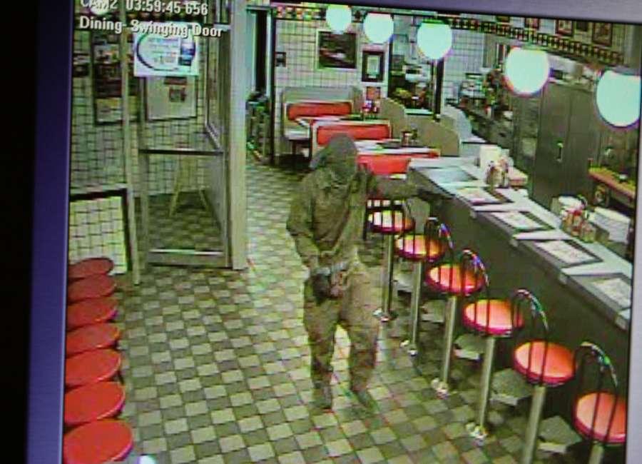 Hwy 154 Waffle House robbed at gunpoint