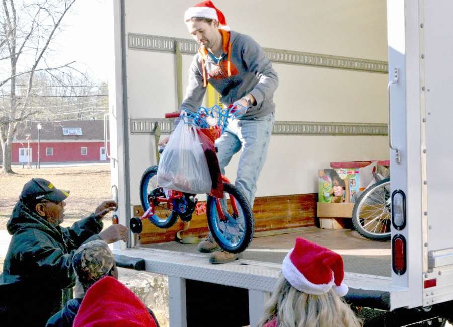 The Joy Project: Bringing Christmas to foster kids for over 30 years