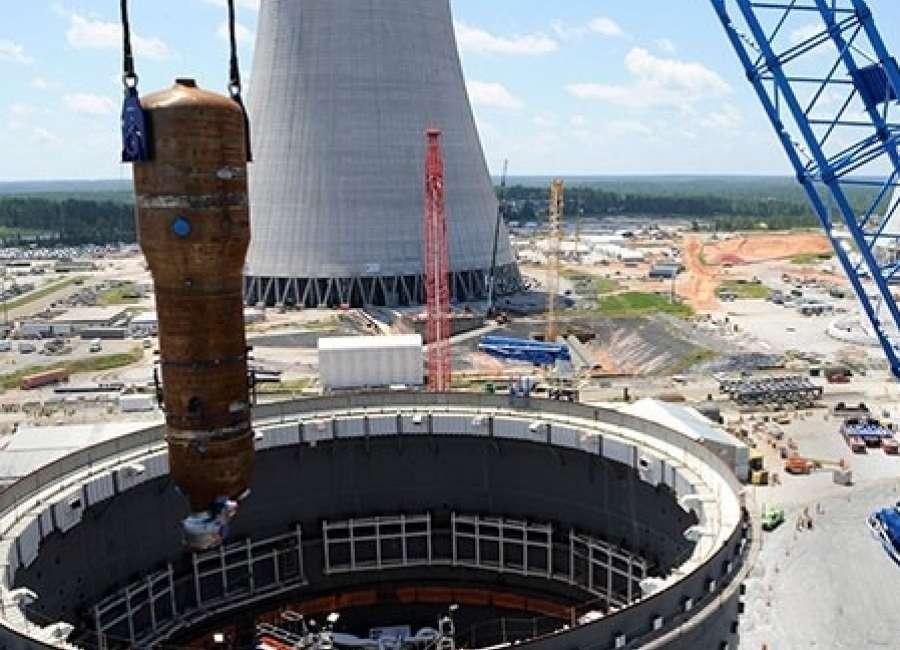 Utilities, Deal want to keep building nuclear plant