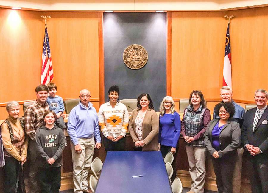 City recognizes Citizen Academy graduates