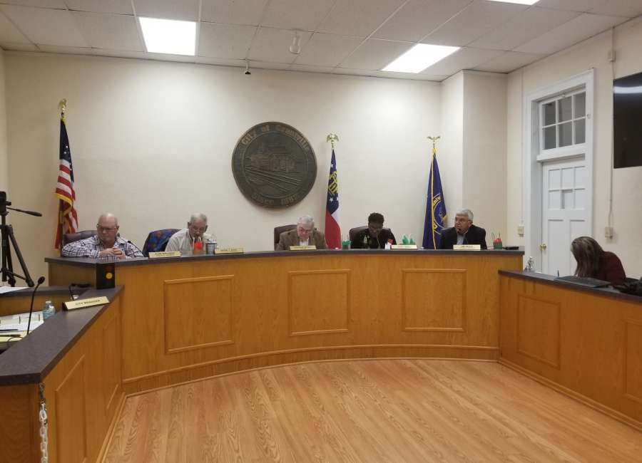 Grantville approves limited truck access on Lone Oak Road
