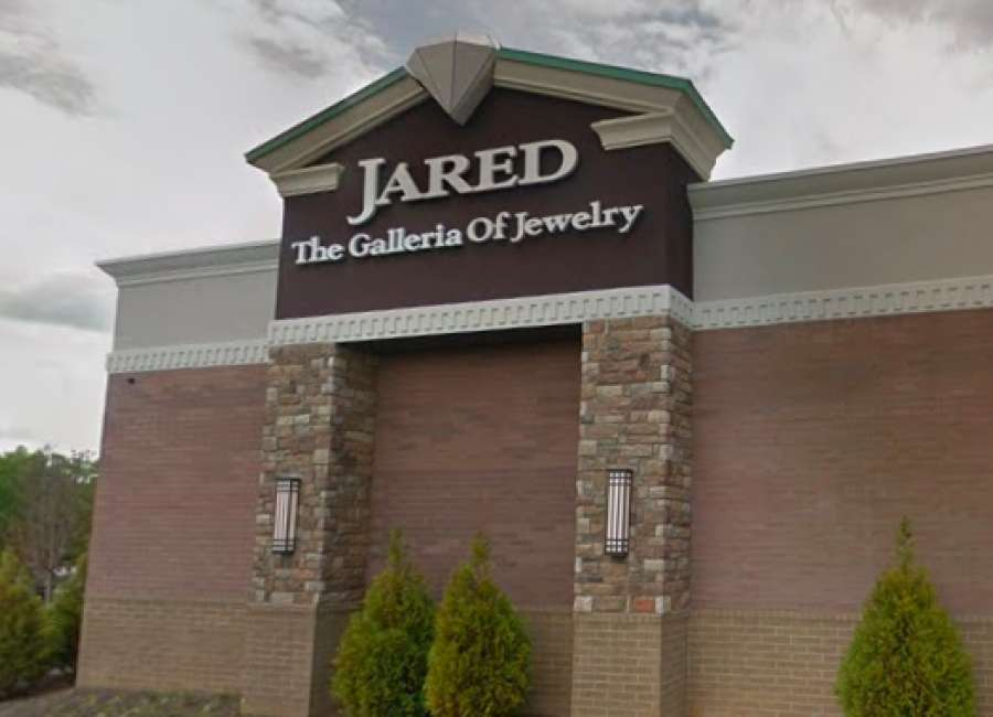 Thieves rob local jewelry store