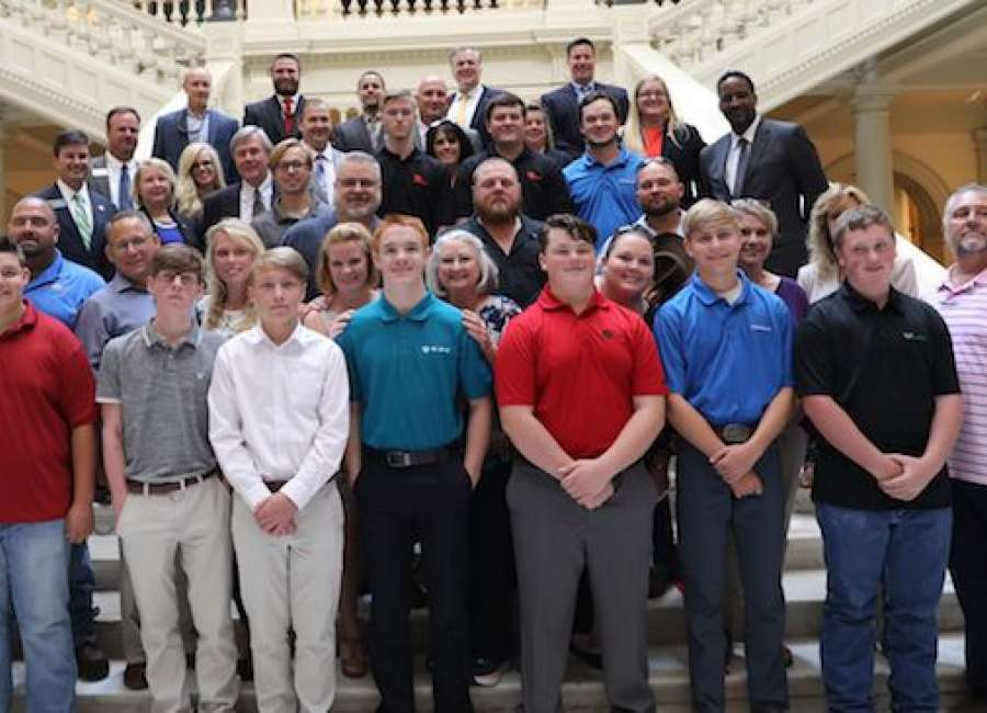 Apprenticeship signing ceremony held at State Capitol