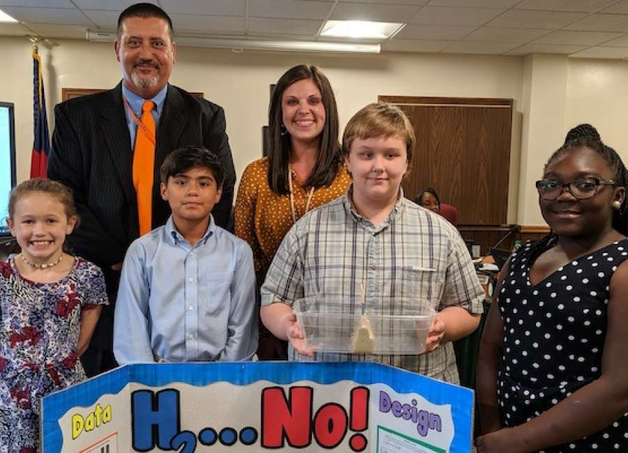 Atkinson students demonstrate class project to BOE