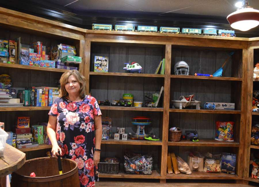 Bloom serves Coweta foster families