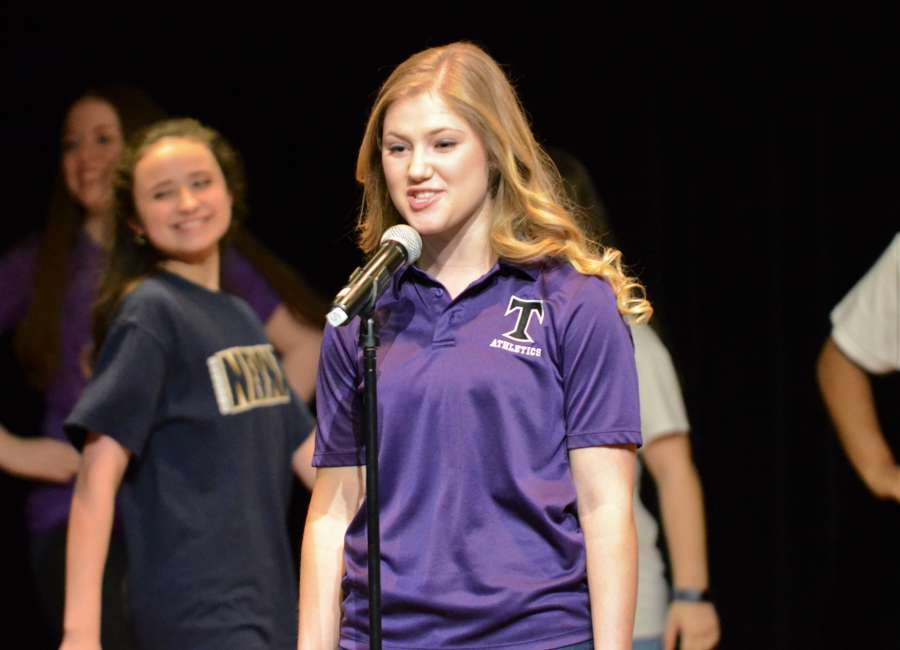 Bragg named Distinguished Young Woman of Coweta