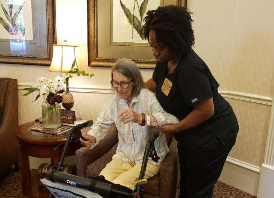 Caretakers give advice on helping patients with Alzheimer's