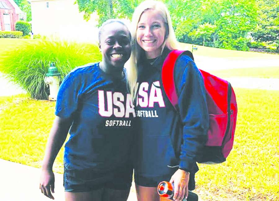Echols, Lynch embark on softball adventure