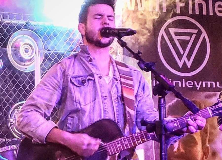 "Former Sharpsburg resident debuts new single ""Text Back"""
