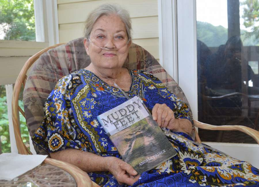 From lung transplant to hospice, Coweta woman realizes dream of publishing novel