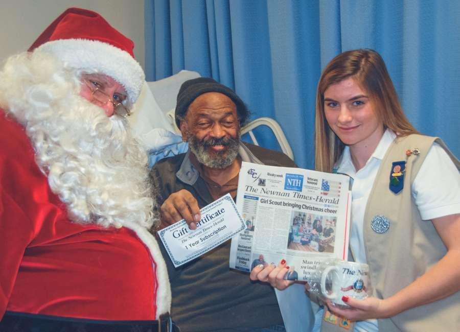 Girl Scout is Santa for seniors