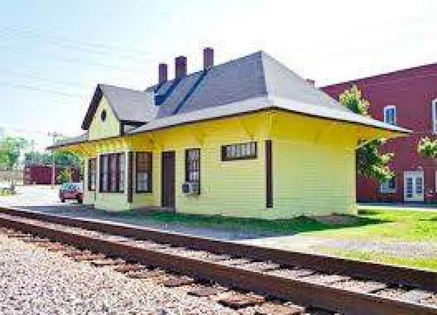 Grantville council still at odds over depot renovation