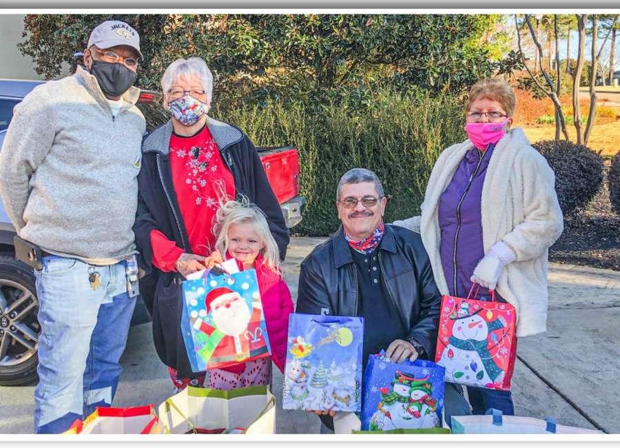 American Legion, VFW bring Christmas joy to veterans