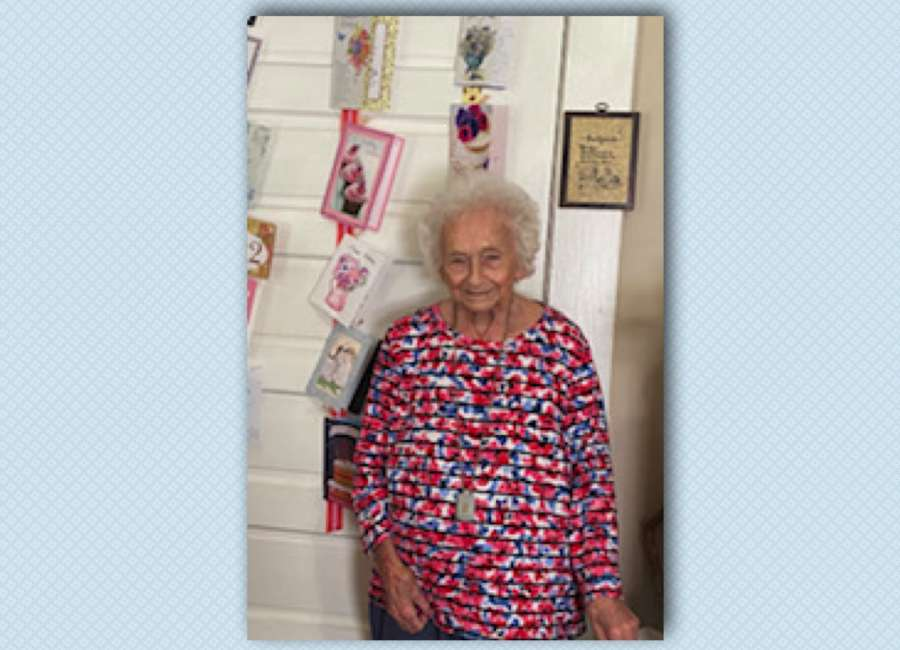 Arnco resident turns 102