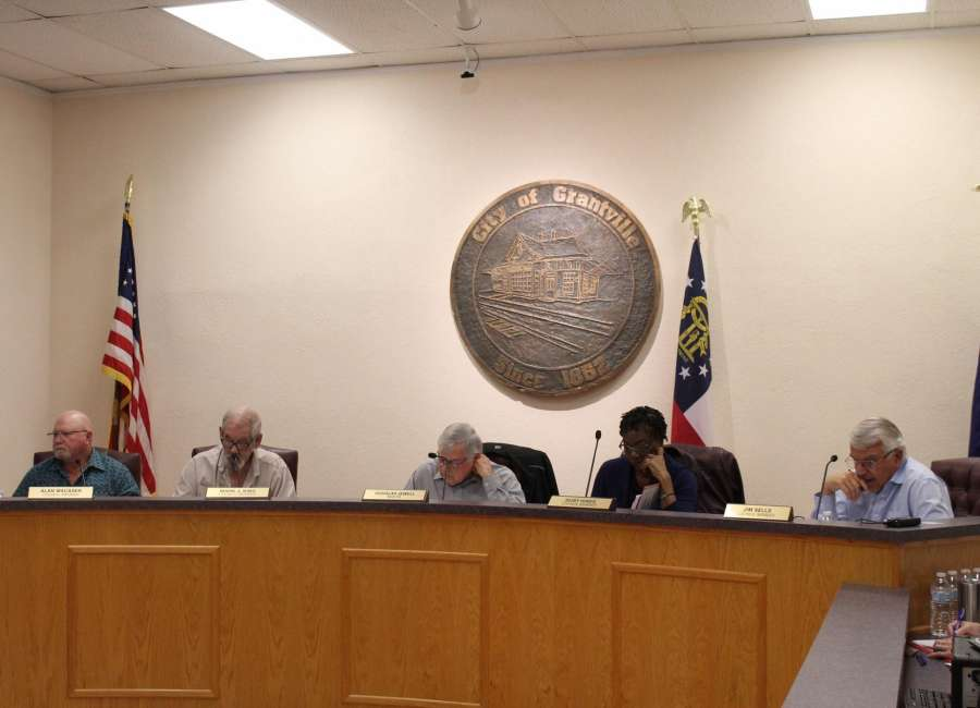 Grantville council divided on basketball court renovations