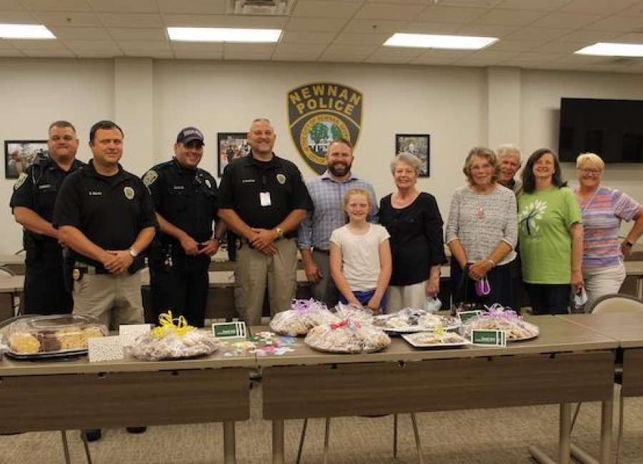 Heatherwood Baptist makes baked goods for CCSO, NPD
