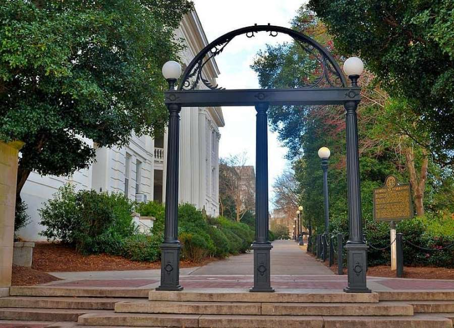 Hundreds of UGA students test positive for COVID-19 in first week of classes