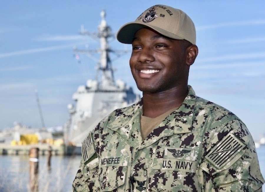 Menefee sends holiday greetings from Navy ship