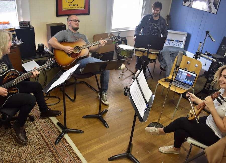 'Musiki Flow' brings Turkish, Western musicians together
