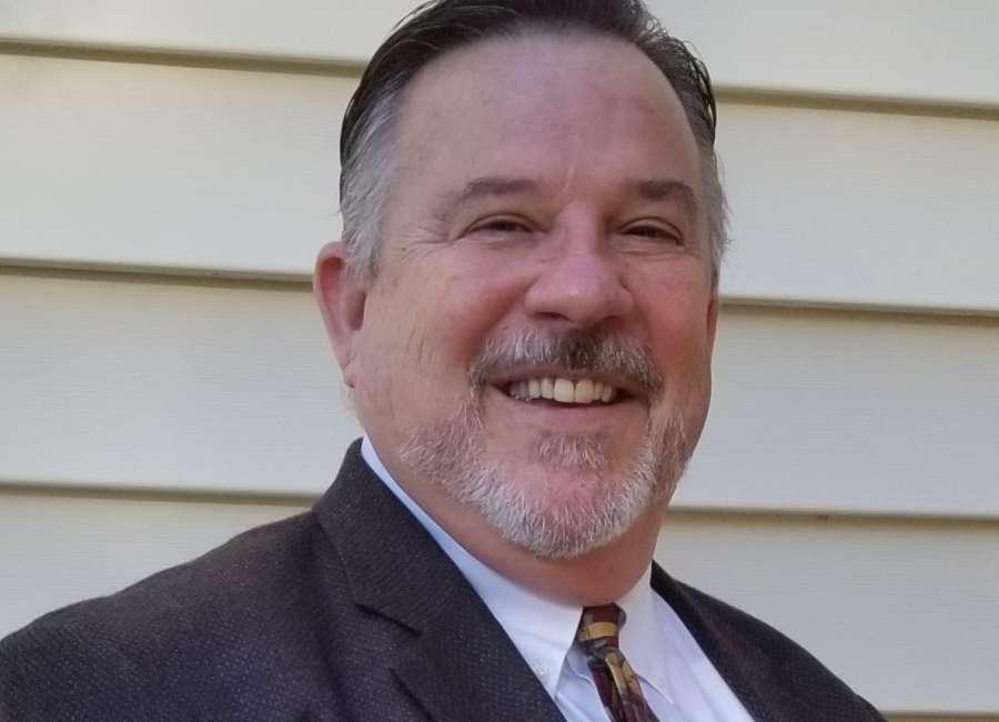 Reidelbach wins District 4 runoff, prepares for November