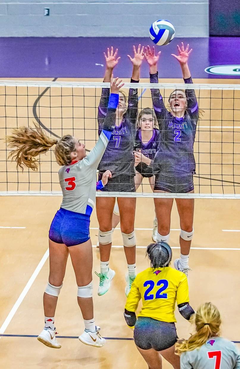 20200926-SPORT-Trinity-vs-Heritage-volleyball-2.jpg?mtime=20200925145525#asset:52769