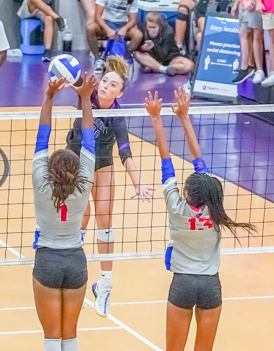 20200926-SPORT-Trinity-vs-Heritage-volleyball-4.jpg?mtime=20200925145526#asset:52771