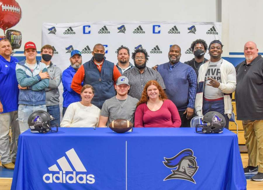 Central Christian's Brown signs with Shorter