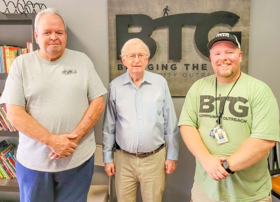 Elks donate to Bridging The Gap