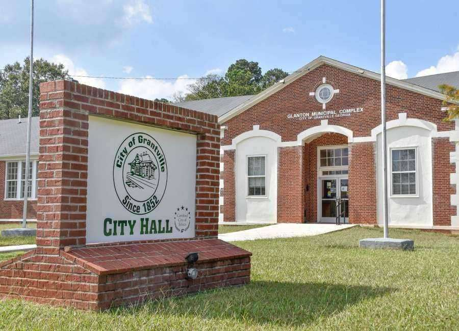 Grantville council member pushes for hiring a history center director