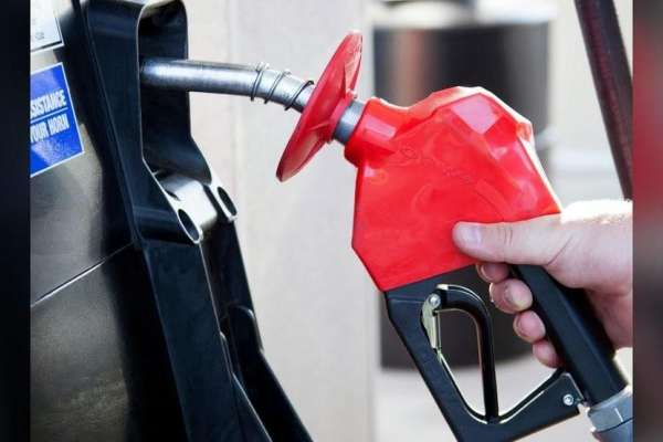 Kemp suspends gas tax; prohibits price gouging