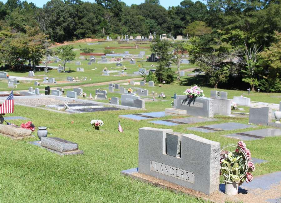Possible unmarked graves in Grantville Cemetery