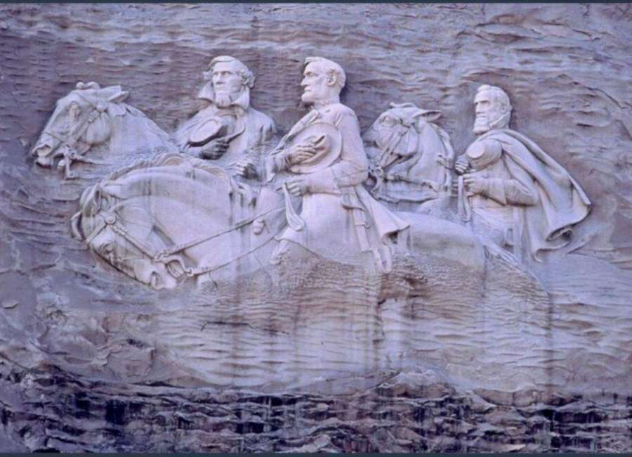 Stone Mountain to downplay Confederate symbols without removing carving